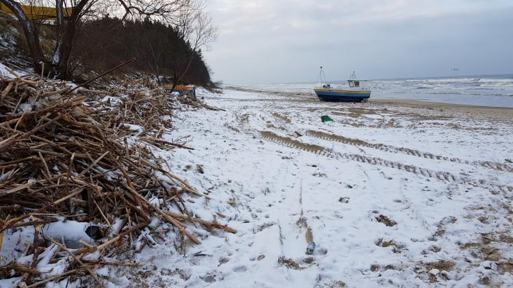 Potężny sztorm zniszczył plaże i wydmy na Mierzei Wiślanej