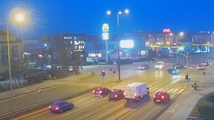 Nawet 500 zł mandatu za zawracanie na Alei Rodła w Malborku.