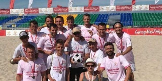 Wspomóż Mistrza Polski Hemako Sztutowo w wyjeździe na Beach Soccerową Ligę Mistrzów do Portugalii.
