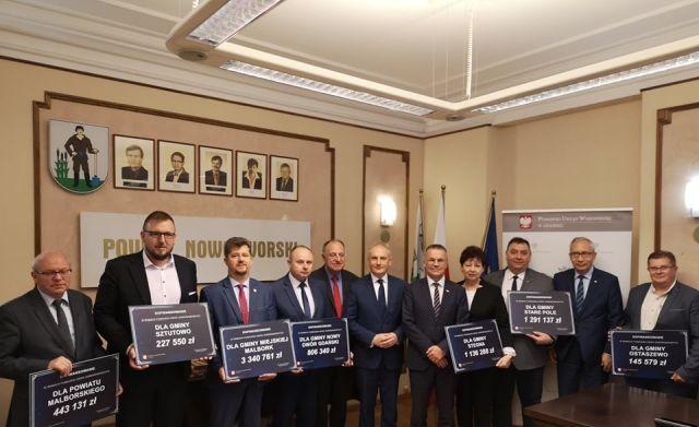 Fundusz Dróg Samorządowych: Dofinansowanie dla powiatów malborskiego,sztumskiego i nowodworskiego na remonty dróg.