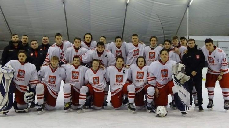 Wychowanek UKS Bombek zagrał w hokejowym Turnieju Czterech Narodów.