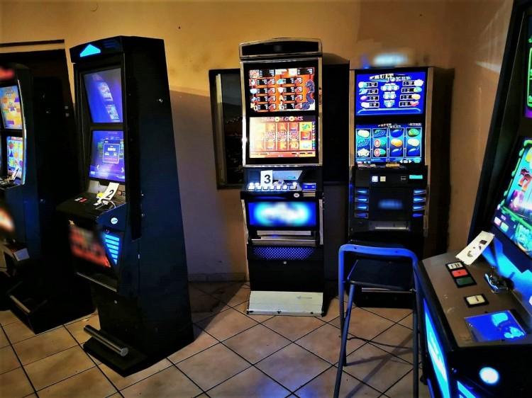 Kolejne nielegalne automaty do gier zabezpieczone przez KAS.