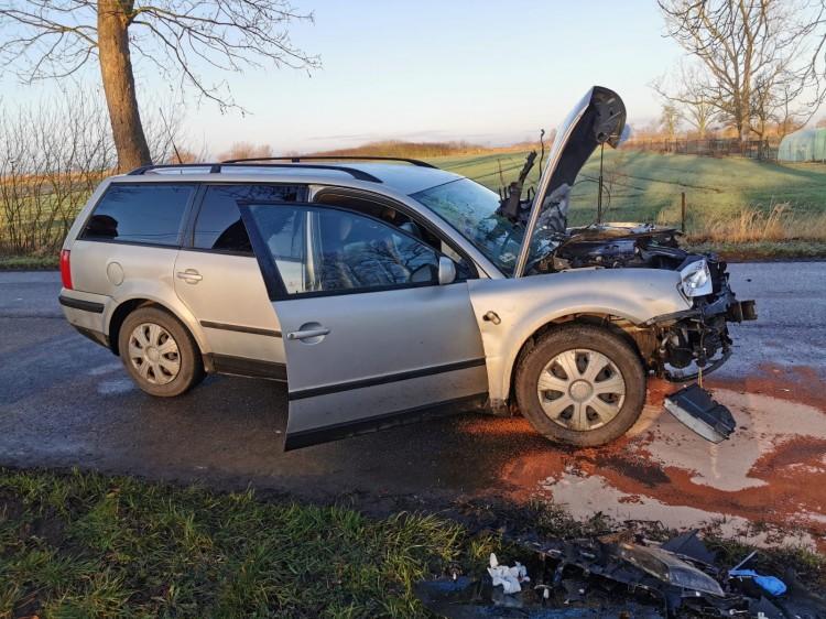 Dwie kobiety ranne w wypadku samochodowym w Tralewie.