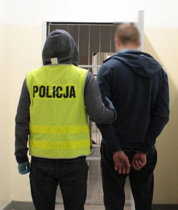 Włamywaczowi okradającemu piwnice w Malborku grozi do 15 lat więzienia.