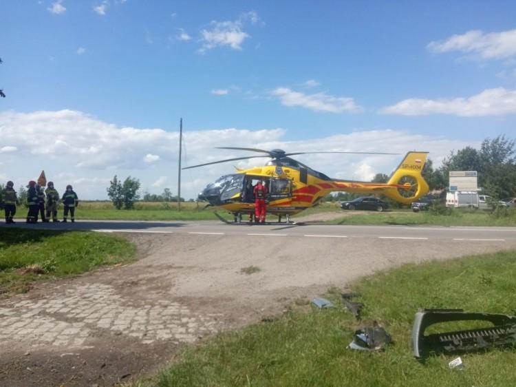 Królewo – po akcji reanimacyjnej kierowca zabrany do szpitala przez LPR.
