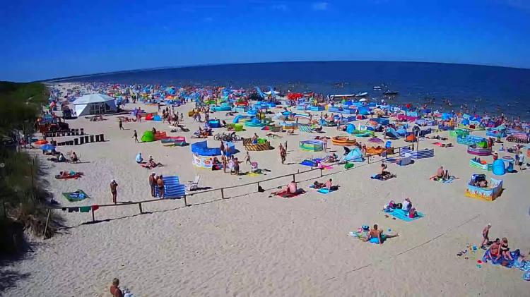 IMGW ostrzega przed upałami w siedmiu województwach. Kamery nad morzem - oglądaj plaże i morze w kamerach internetowych