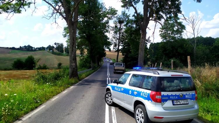DW519. Śmiertelny wypadek z udziałem motocyklisty.