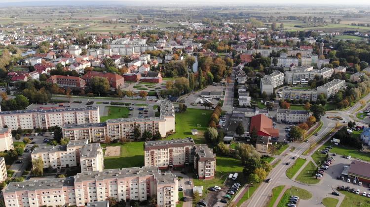 Nowy Dwór Gdański z lotu ptaka [wideo i foto] październik 2020