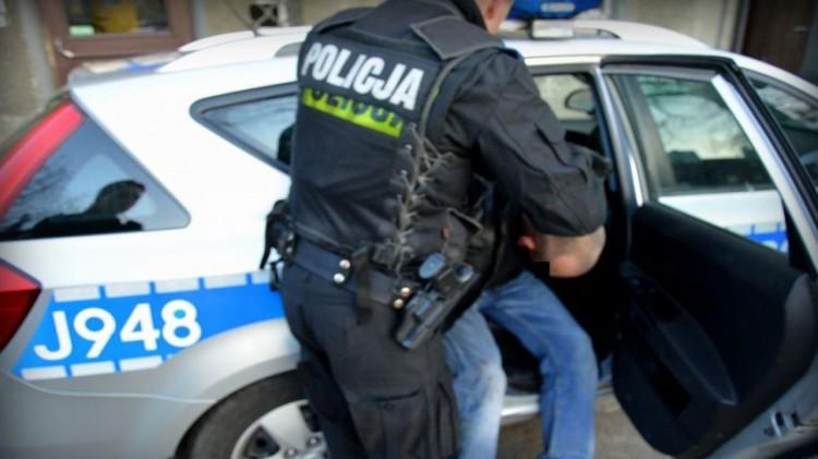 Malbork. Kierowca pod wpływem amfetaminy. W bucie schowane miał narkotyki.