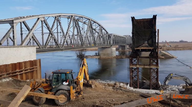 Tczew. Co dalej z odbudową historycznego mostu?