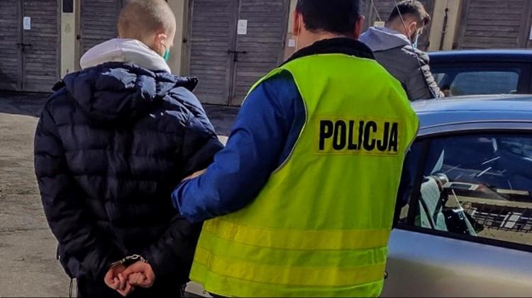 Nowy Dwór Gdański. Narkotyki schował w bieliźnie.