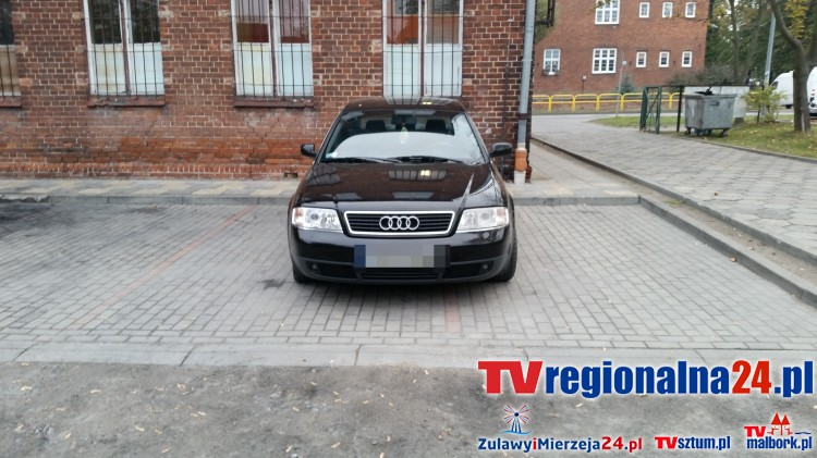 """Malbork. Każdy ma szanse zostać """"mistrzem parkowania"""". Audi zaparkowane nie/prawidłowo? - 14.10.2015"""
