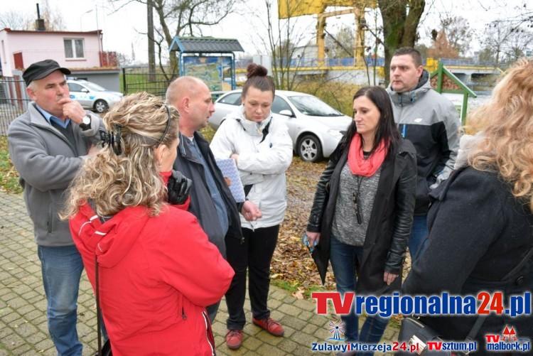 Rybina. Spotkanie z wójt Gminy Stegna i przewoźnikiem Plus Express - 10.11.2015