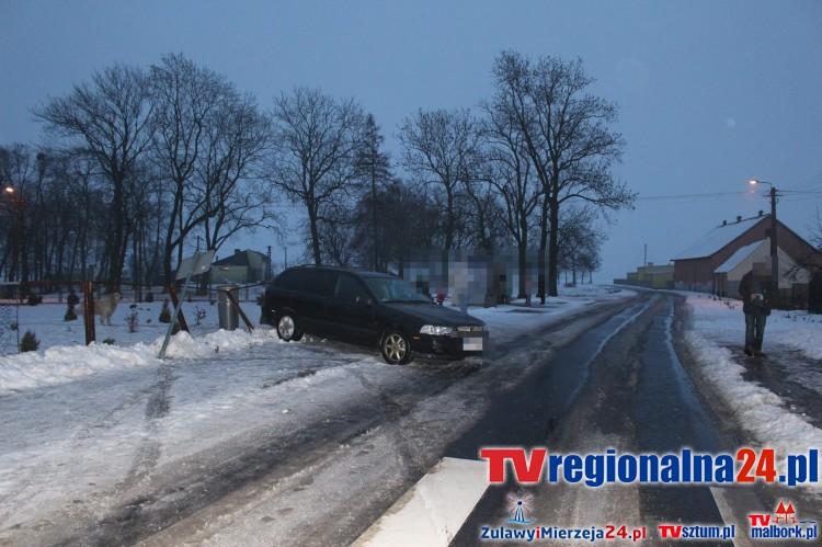 O krok od tragedii. Volvo wylądowało na płocie. Kolizja w Michorowie – 25.01.2016