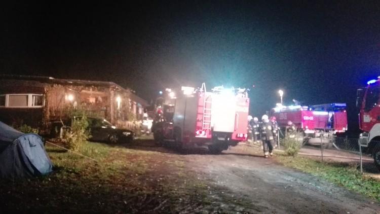 Pożar domu w Postolinie. Prawdopodobna przyczyna – nieszczelność…