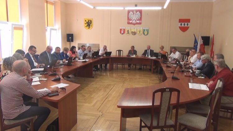 Sztum: Radni uchwalili absolutorium. XXXI Sesja Rady Powiatu Sztumskiego…