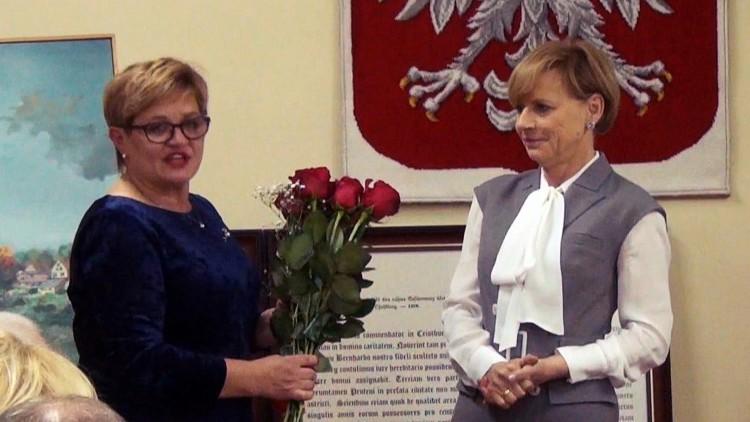 Była włodarz Elżbieta Domańska pogratulowała Jolancie Szewczun objęcia…