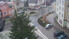 kliknij i zobacz na żywo Urząd Miasta i Gminy Dzierzgoń - widok na żywo - Plac Wolności, Odrodzenia i 1 Maja. Sprawdź pogodę w Dzierzgoniu
