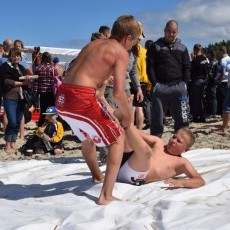 Walczyli na plaży. Za nami II Mistrzostwa Krajów Nadbałtyckich. Stegna…